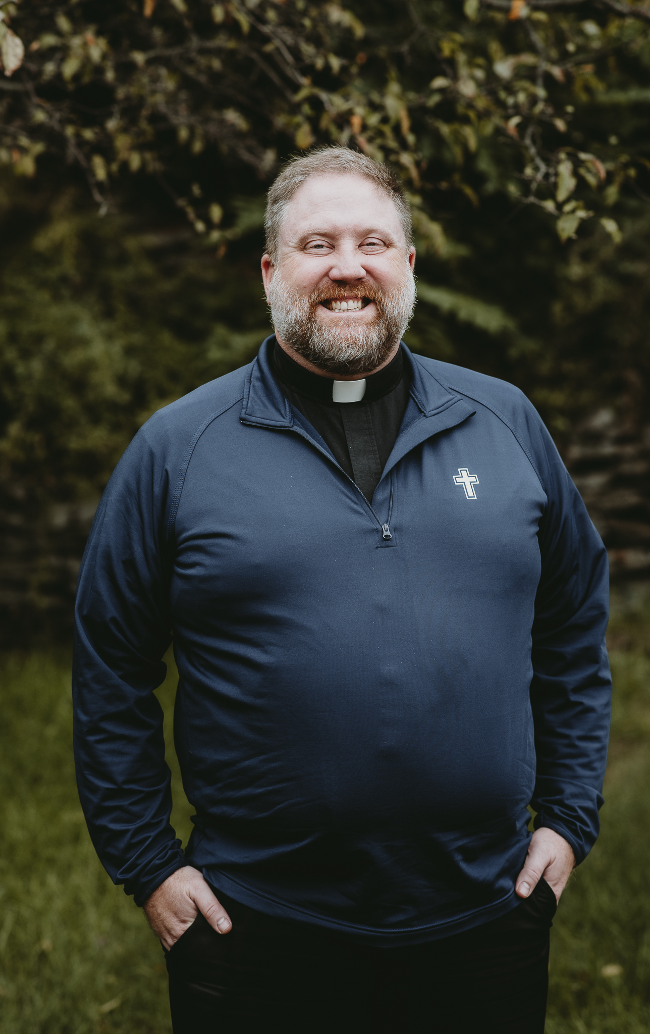 Fr. Jonathan Perrotta : Pastor